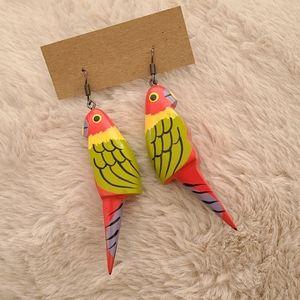 Vintage Parrot 🦜 Earrings